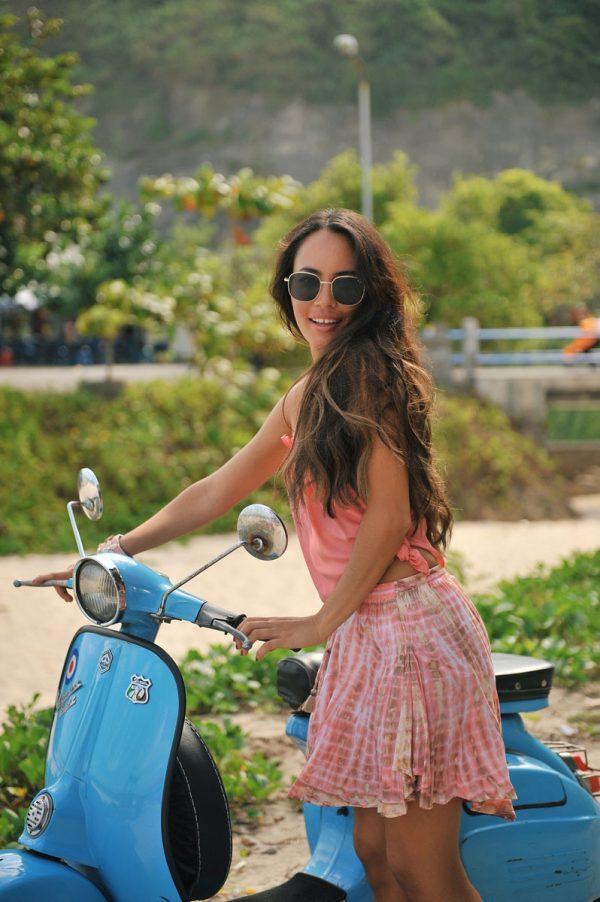 4.6 W20139 Skirt Fleur Moonstone Coral A20452 Top Lisa Coral (3)